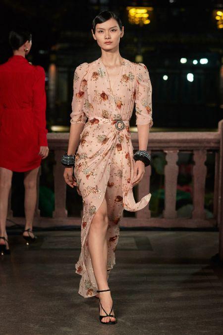 Платье в пастельных тонах с цветочным рисунком Lanvin