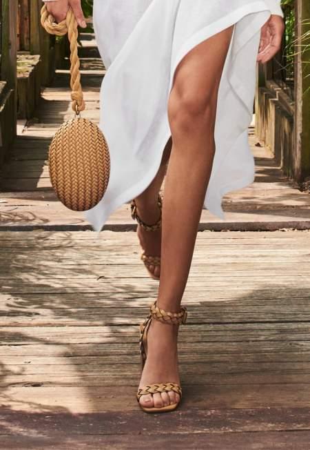 Бежевые плетеные босоноки на каблуке Michael Kors