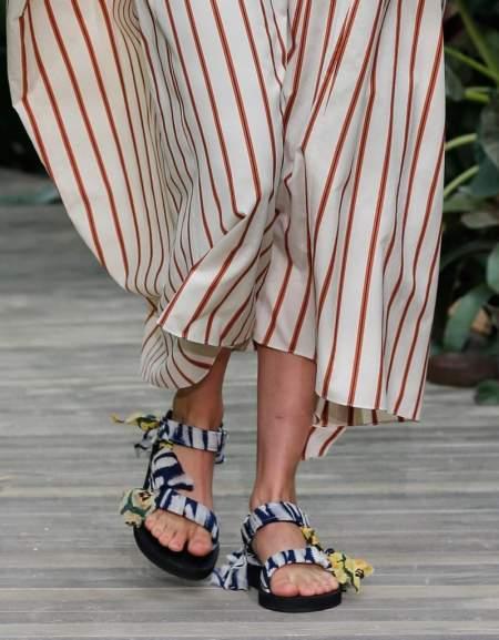 Модные сандалии с лентами Jason Wu