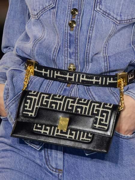 Поясная черная сумка Balmain
