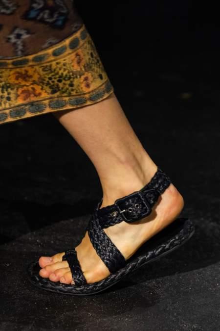 Черные плетеные сандалии Dior