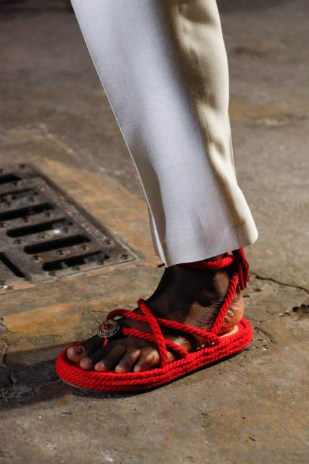Красные сандалии с канатами Etro