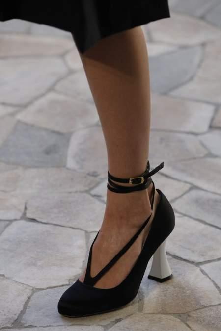 Черные туфли с ремешками на щиколотке Ports 1961