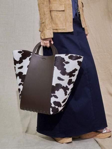 Объемная сумка-тоут из коллекции Tod's