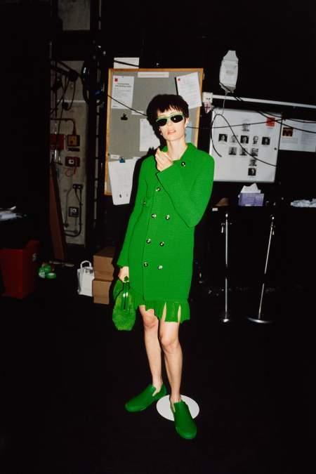 Очки в зеленой оправе из коллекции Bottega Veneta