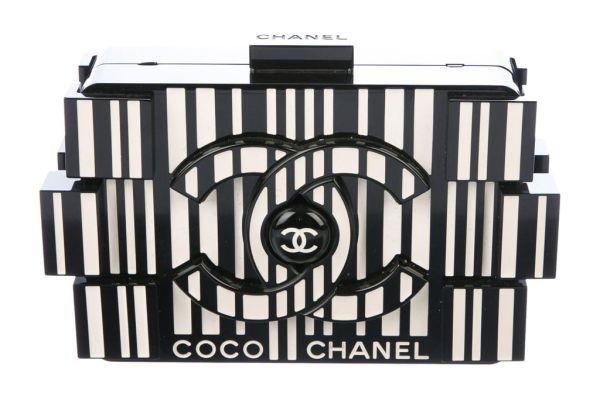 Черно-белый клатч Lego Chanel