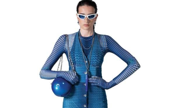 Спортивные очки в белой оправе и с голубыми линзами Marine Serre