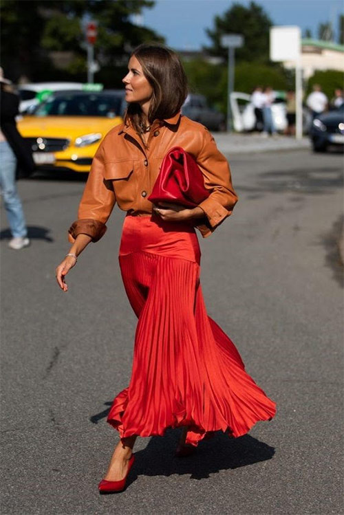 Шелковая плиссированная юбка и рубашка из эко-кожи