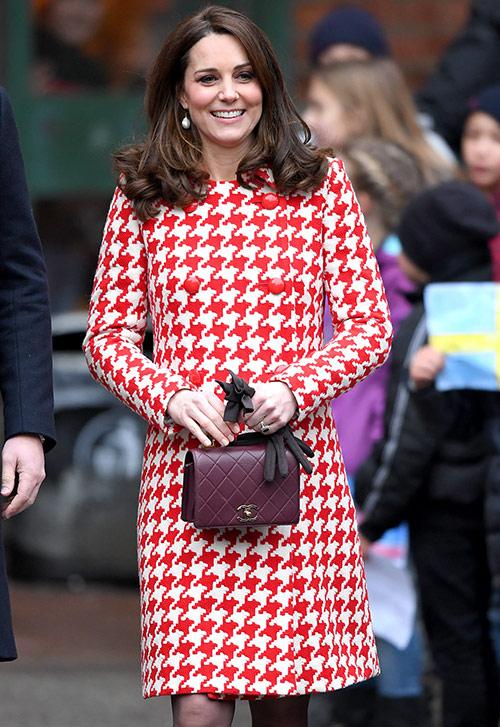 Кейт Миддлтон носит сумку от Шанель