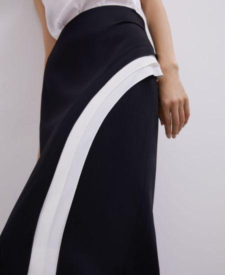 Черная юбка с белой отделкой Adolfo Dominguez