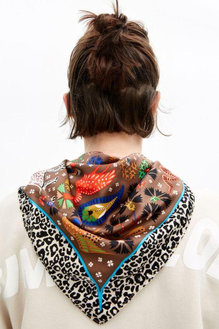 Атласный платок с птицами Bimba y Lola