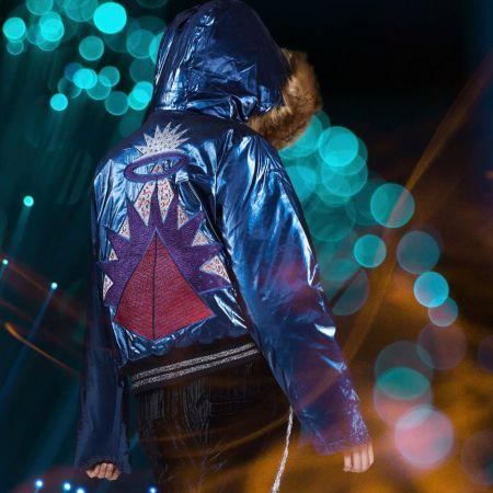 Блестящая синяя куртка с аппликацией Custo Barcelona