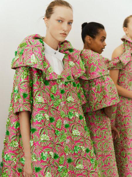 Пальто с цветочной вышивкой Delpozo