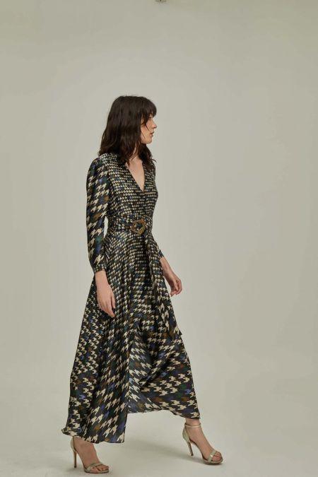 Платье в крупную гусиную лапку от испанского бренда Dolores Promesas