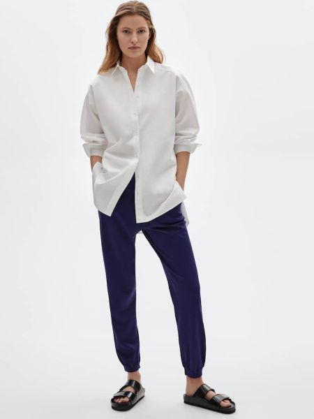 Белая рубашка и синие брюки на резинке Massimo Dutti