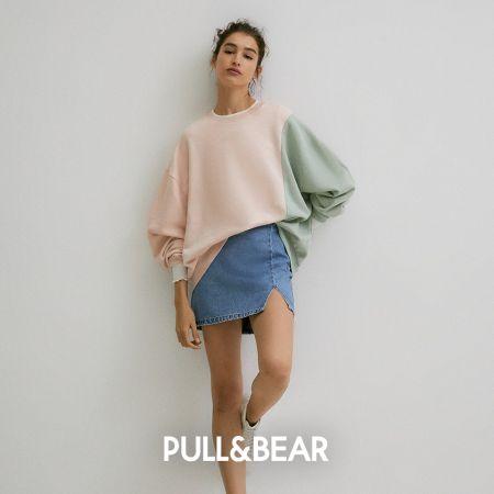 Свитер с широкими рукавами и джинсовая юбка Pull & Bear