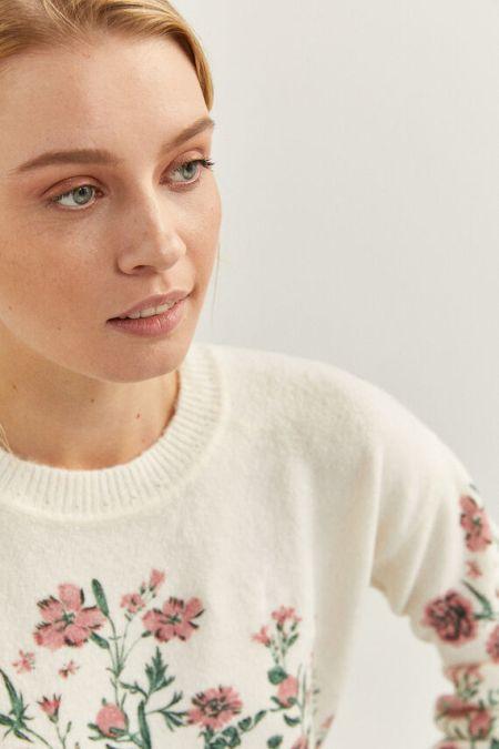 Белый свитер с цветочной аппликацией Springfield