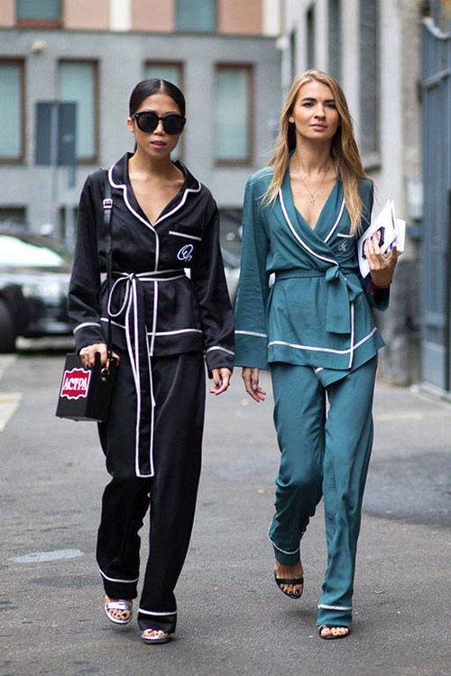 Шелковые костюмы летние в пижамном стиле 2021