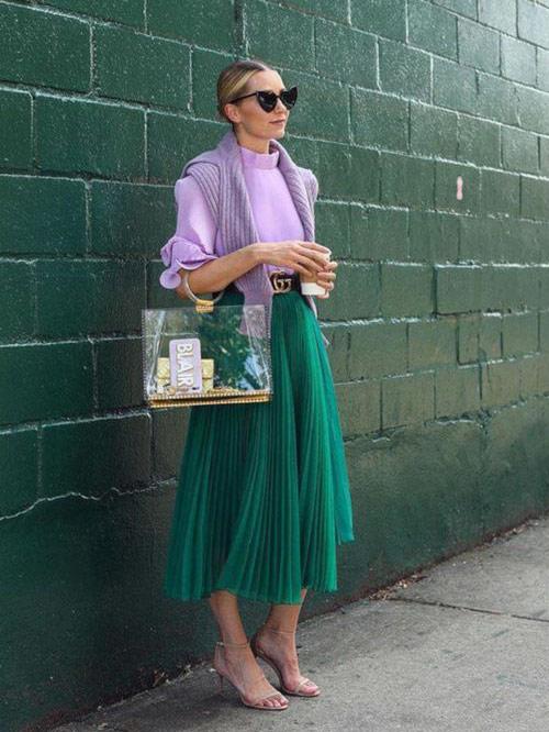 Плиссированная юбка из шифона изумрудного цвета для лета 2021