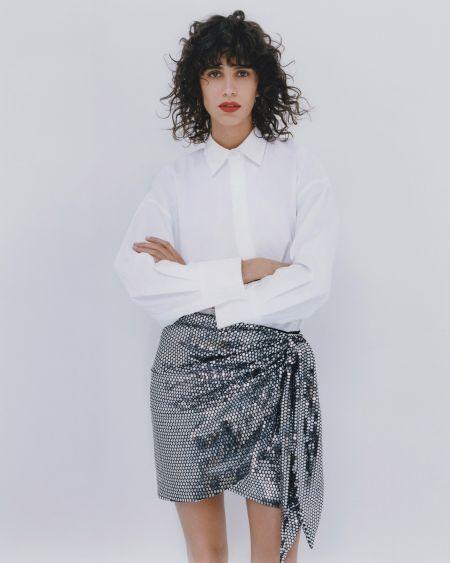 Белая рубашка с юбкой в стиле диско от Zara