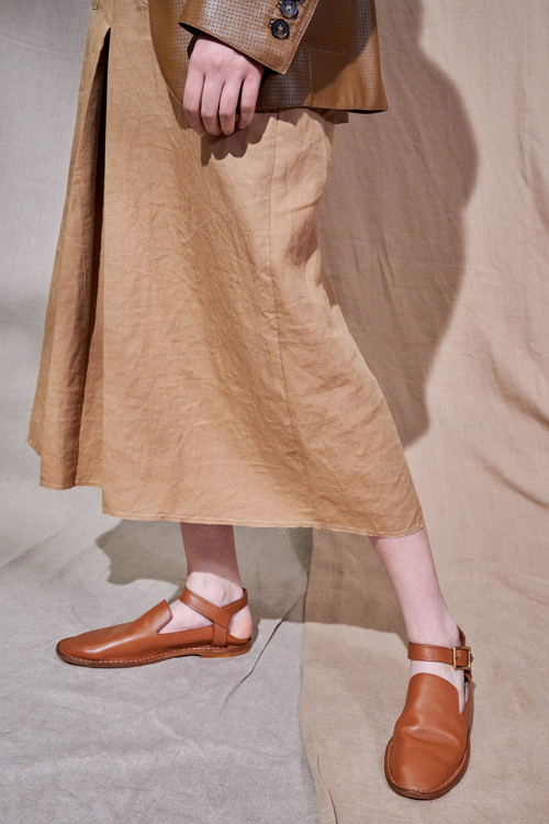 обувь на плоском ходу весна лето 2021