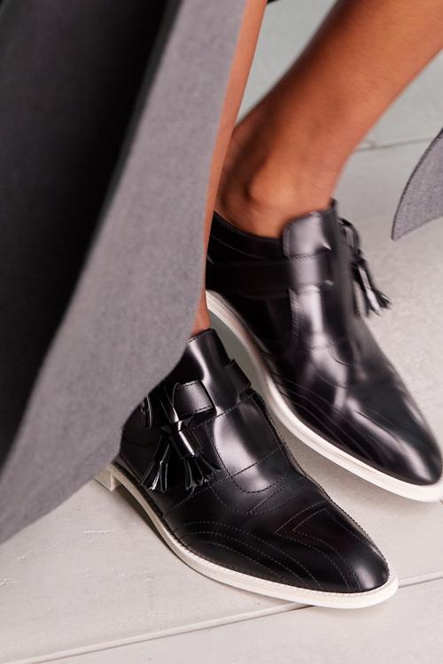 лоуферы модная обувь весны 2021