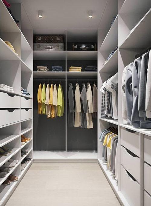 Как разобрать шкаф самостоятельно без стилиста
