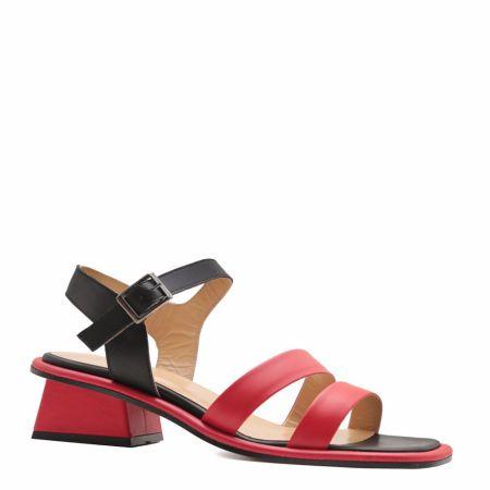 Черно-красные босоножки на сайте онлайн-магазина Prego