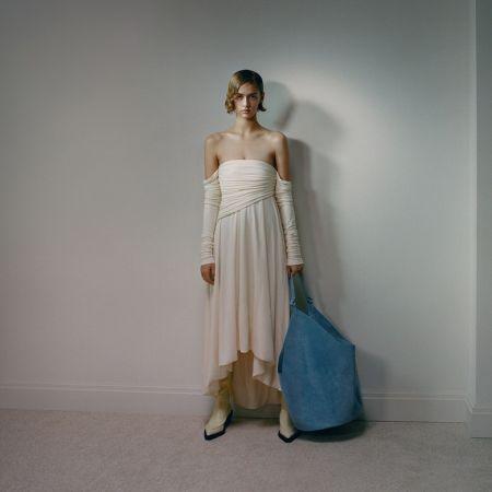 Объемная голубая сумка Khaite