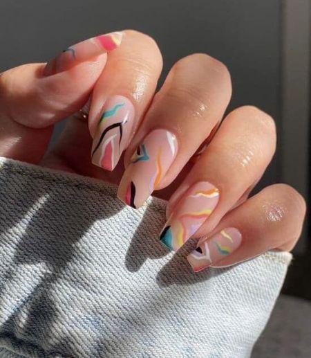 Маникюр в стиле абстракция на длинные квадратные ногти