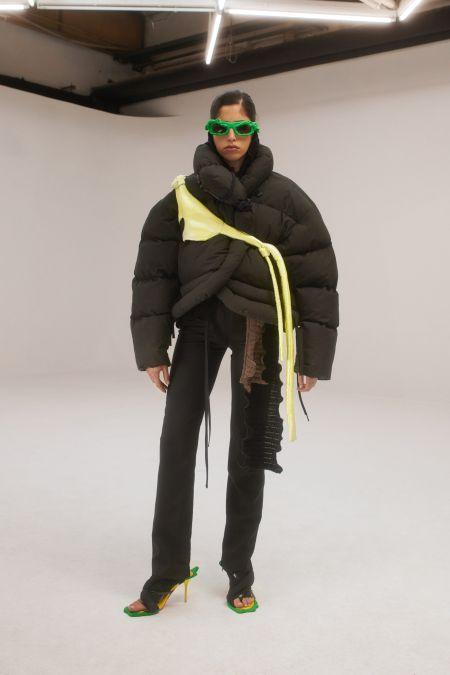 Короткая стеганая черная куртка Ottolinger