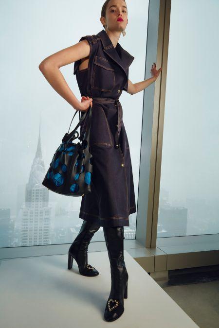 Платье из денима с крупными карманами Carolina Herrera