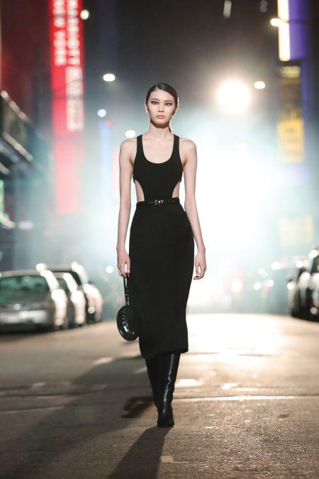 Длинное черное обтягивающее платье Michael Kors
