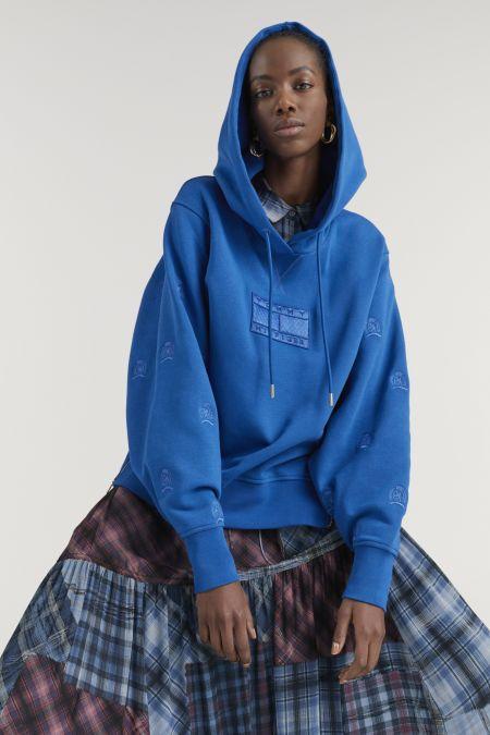 Синяя толстовка с капюшоном. Коллекция осень-зима 2021-022 Tommy Hilfiger