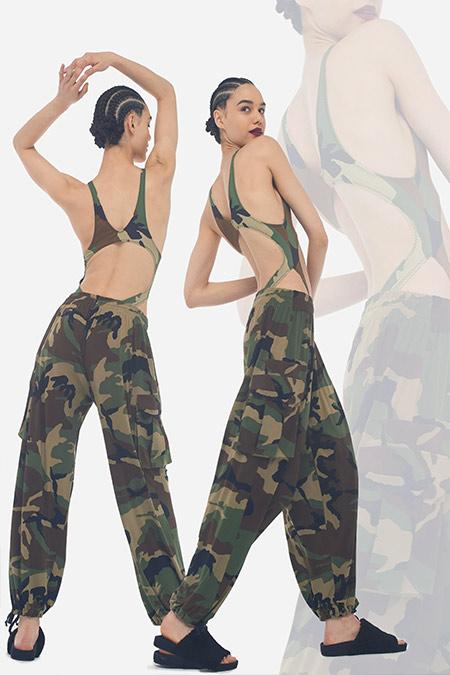 Спортивные брюки в стиле милитари Norma Kamali