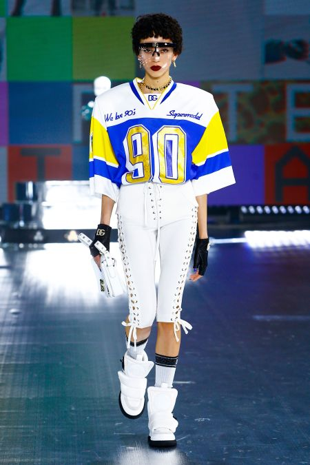 Футболка - модный тренд осень 2021