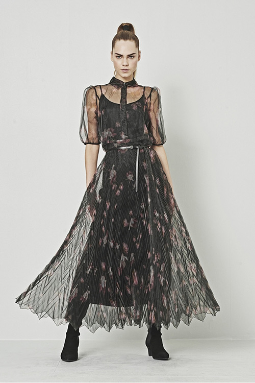 Два в одном: и платье, и сарафан