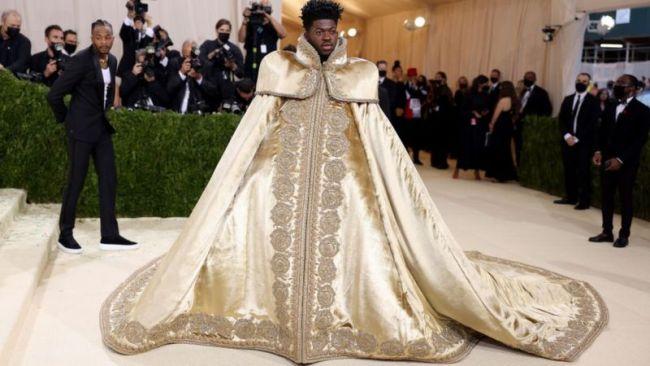 Образ рэпера Lil Nas X на балу Института костюма